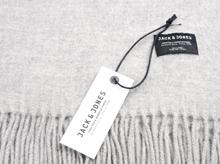 龙翔为JACK & JONES 定制羊毛围巾