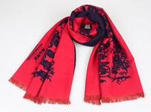 """非物质文化遗产""""梅山剪纸""""与围巾的完美结合"""