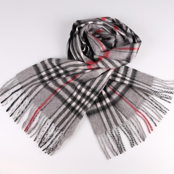 灰色羊绒围巾