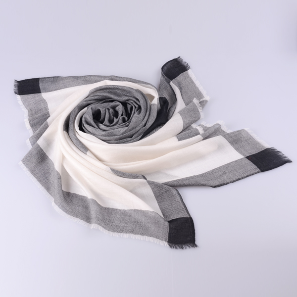 春秋羊绒围巾