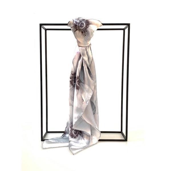 浪蕊浮花丝巾