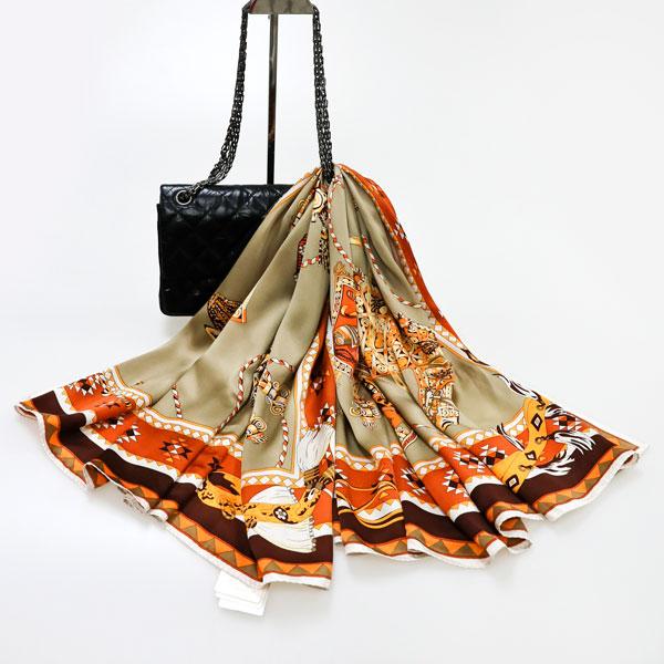 金装车架丝巾
